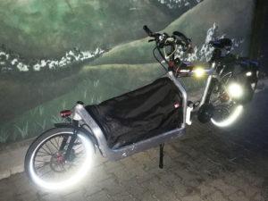 Bullit-Lastenrad mit Pendix-Motor