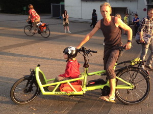 cargobike_r-m_load_wuppertal_critical_mass