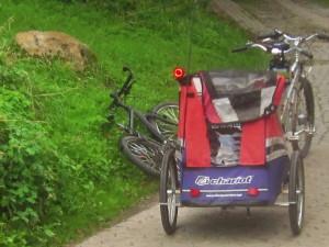 chariot_fahrradanhaenger_mit_ruecklicht