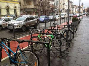 cluj_verkehrsinfarkt_fahrradstaender