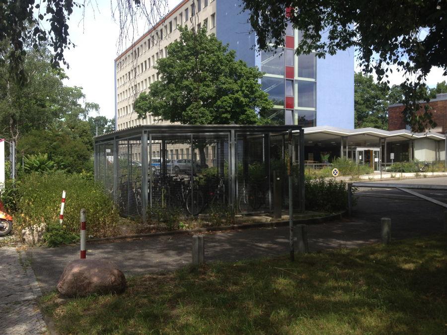 Berlin mit dem fahrrad zur arbeit for Garage ad barlin