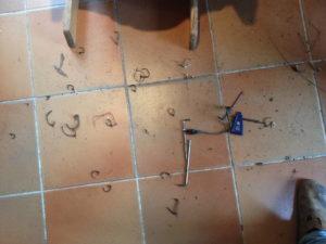 Kabelbindermassaker auf Fussboden