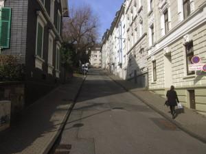 Aufstieg vom Jugendzentrum zum Ölberg