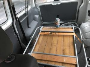 Lastenanhänger in Laderaum eine VW T5