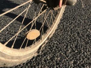 Geborstene Reifenkarkasse