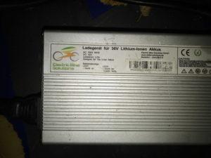 Label eines Ladegerätes