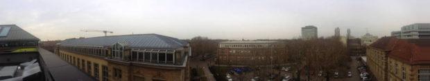 Dächer Karlsruhes vom KIT Senatssaal aus fotografiert