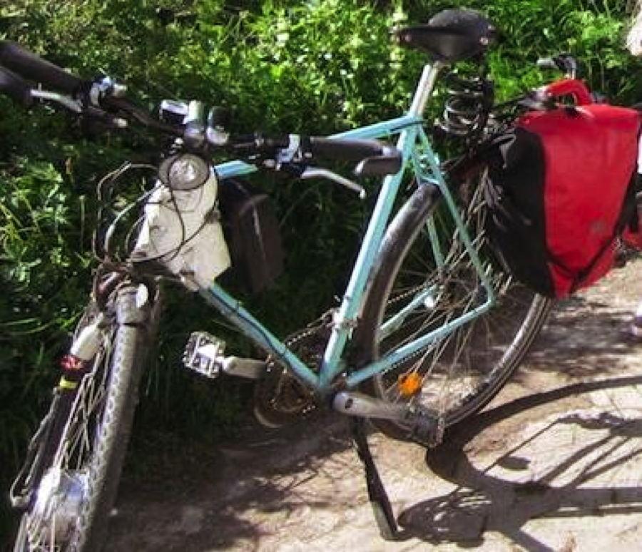 pedelec k nguru akku anders montiert mit dem fahrrad zur. Black Bedroom Furniture Sets. Home Design Ideas