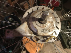 Hinterrad mit eingespeichter Nexave Rollebremse