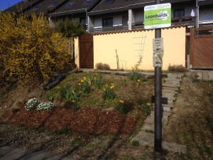 rueckseitiger_vorgarten_eskesberg_nordbahntrasse_wuppertal