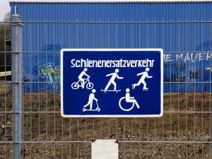 schienenersatzverkehr_auf_der_nordbahntrasse_wuppertal schild