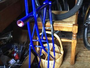 steg_eingeloetet_fahrradrahmen_blau