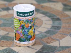 Blumensamen in Streudose