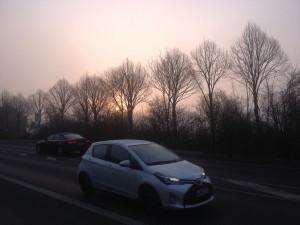 wintermorgen_an_der_bundesstrasse